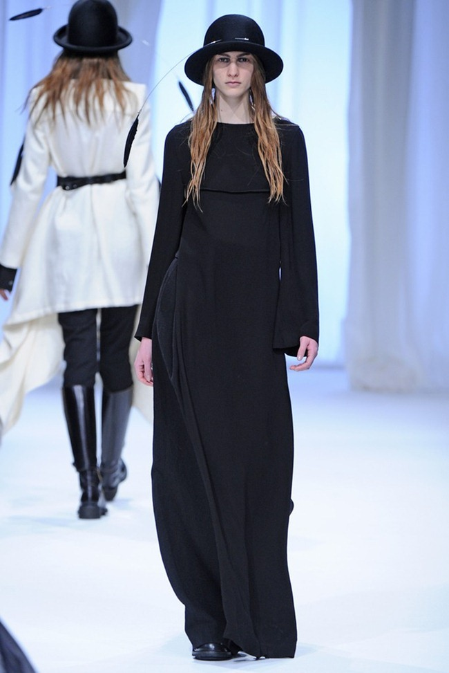 PARIS FASHION WEEK- Ann Demeulemeester Fall 2013. www.imageamplified.com, Image Amplified (20)