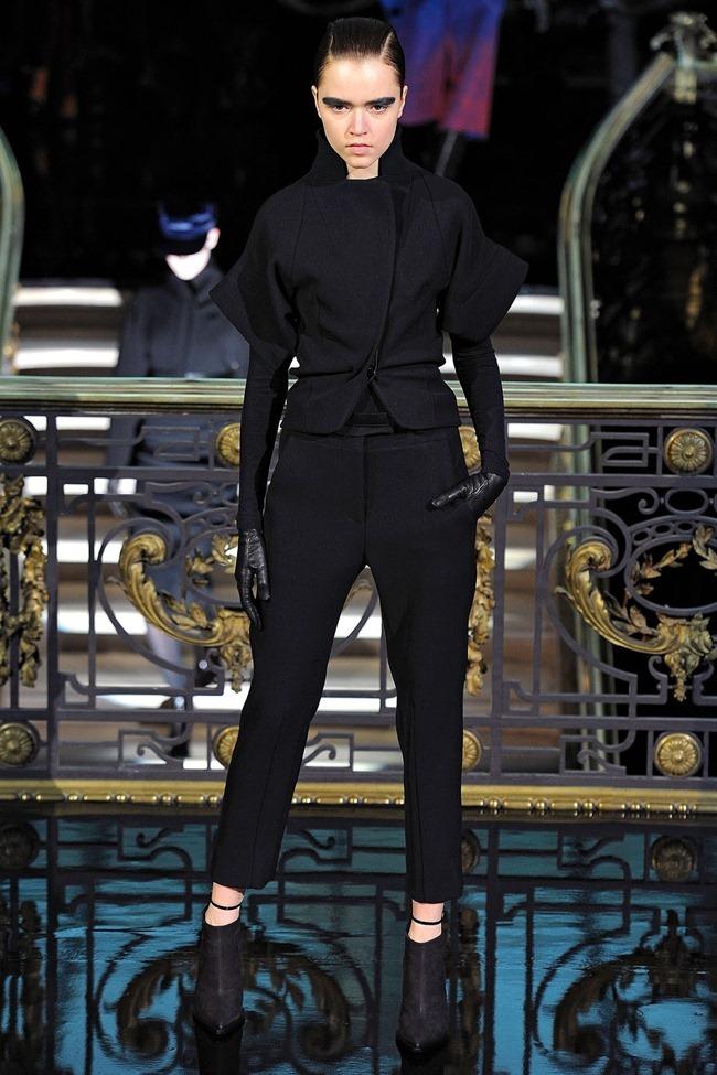 PARIS FASHION WEEK- John Galliano Fall 2013. www.imageamplified.com, Image Amplified (7)