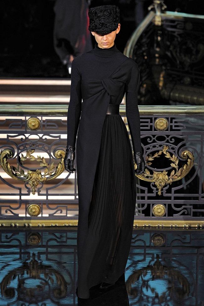 PARIS FASHION WEEK- John Galliano Fall 2013. www.imageamplified.com, Image Amplified (39)