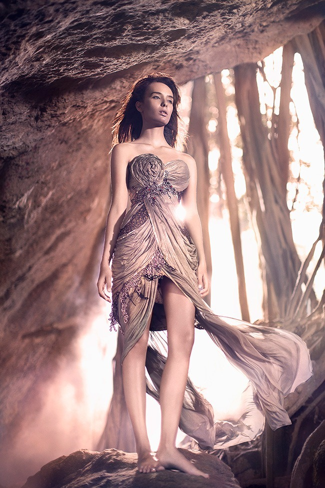ESQUIRE INDONESIA- Salvita DeCorte in Caelestis by Rio Surya Prasetia. Adi Surantha, March 2013, www.imageamplified.com, Image Amplified (2)