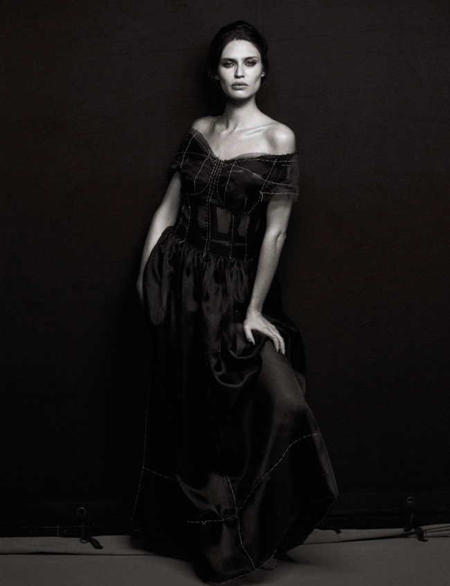 VOGUE ITALIA- Bianca Balti in Simply Classy by Peter Lindbergh. Sara Maino, March 2013, www.imageamplified.com, Image Amplified (2)