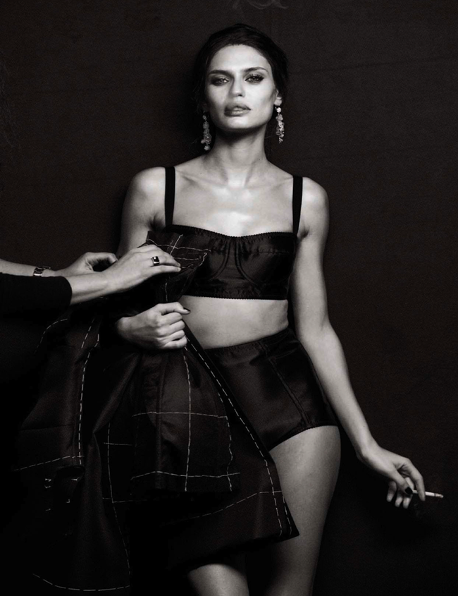 VOGUE ITALIA- Bianca Balti in Simply Classy by Peter Lindbergh. Sara Maino, March 2013, www.imageamplified.com, Image Amplified (5)