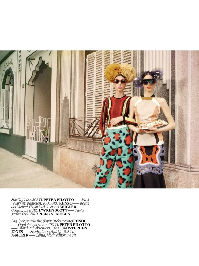 VOGUE TURKEY- Cintia & Giuliana Caramuto in Street Theatre by Luciana Val & Franco Musso. Sebastian Kaufmann, April 2013, www.imageamplified.com, Image Amplified (6)