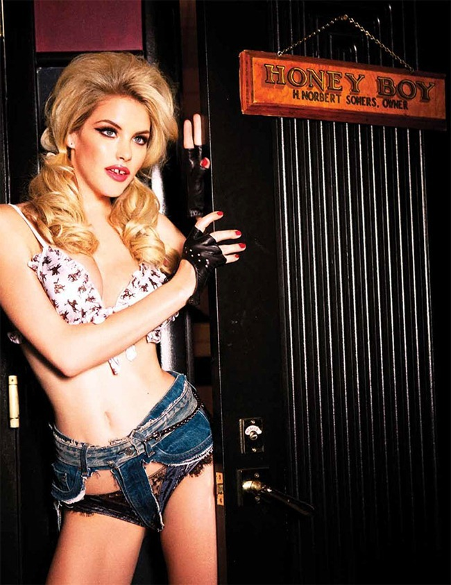GALORE MAGAZINE- Ashley Smith in Goodbye Horses by Ellen von Unwerth. Anda & Masha. www.imageamplified.com, Image Amplified (4)
