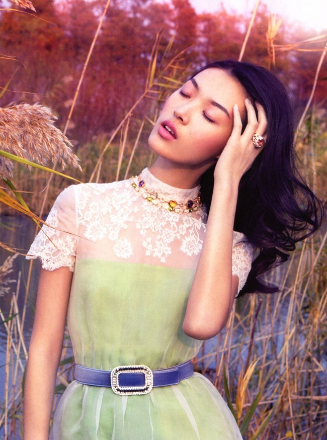 VOGUE CHINA- Tian Yi in Romantic Pastel by Stockton Johnson. Yi Guo, January 2013, www.imageamplified.com, Image Amplified (5)