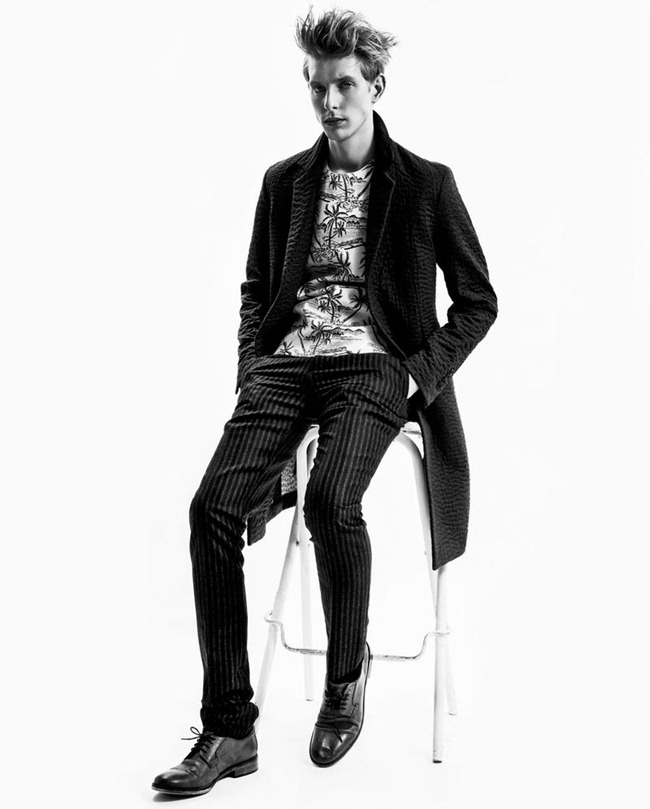 SHEER MAGAZINE- Thomas Penfound by Charl Marais. December 2012, www.imageamplified.com, Image Amplified (5)