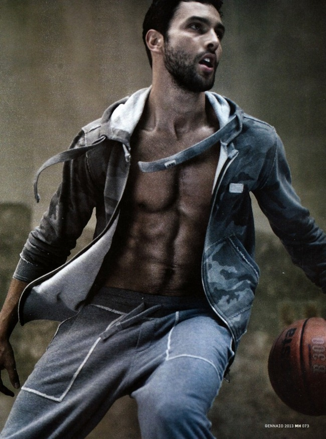 MEN'S HEALTH ITALIA- Noah Mills by Arash Radpour. January 2013, www.imageamplified.com, Image Amplified (1)