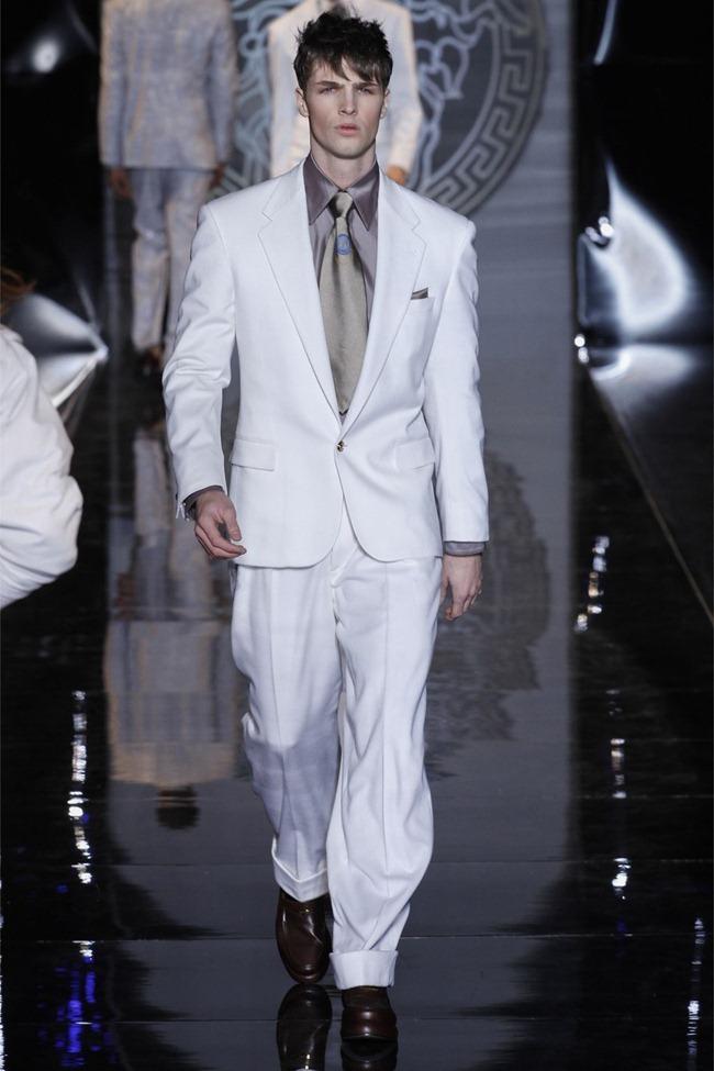 MILAN FASHION WEEK- Versace Fall 2013. www.imageamplified.com, Image Amplified (49)