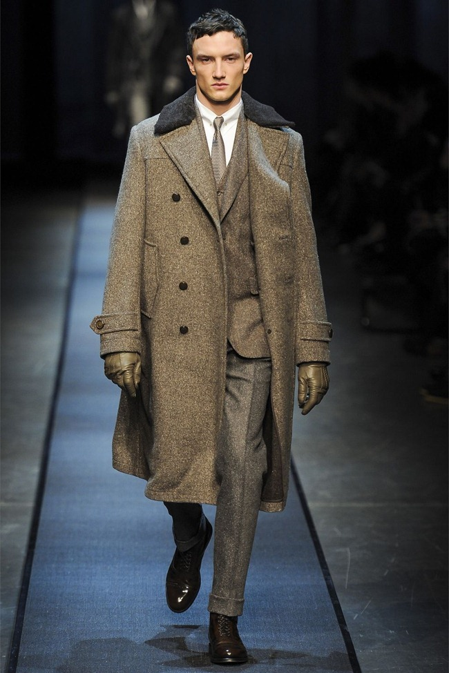 MILAN FASHION WEEK- Canali Fall 2013. www.imageamplified.com, Image Amplified (2)