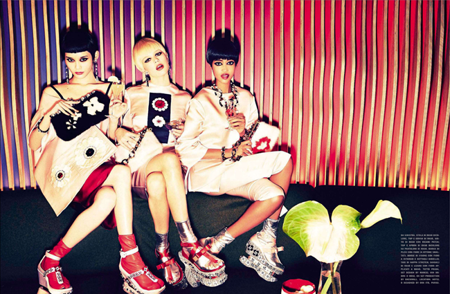 VOGUE ITALIA- Anna E, Marihenny Rivera Pasible & Ming Xi in West Meets East by Ellen von Unwerth. Alice Gentilucci, January 2013, www.imageamplified.com, Image Amplified (5)