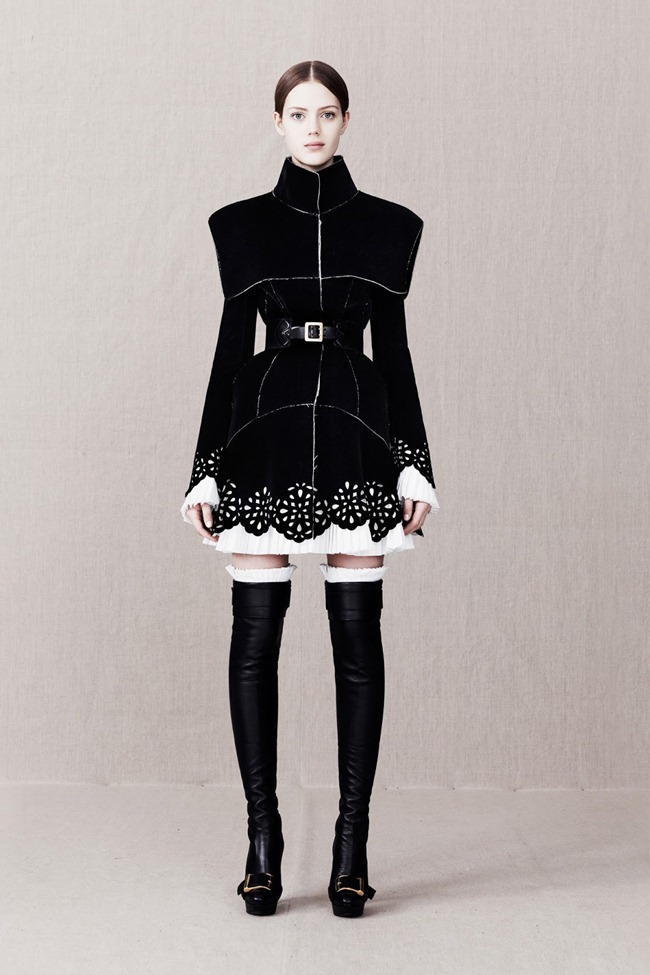 COLLECTION- Alexander McQueen Pre-Fall 2013. www.imageamplified.com, Image Amplified (1)