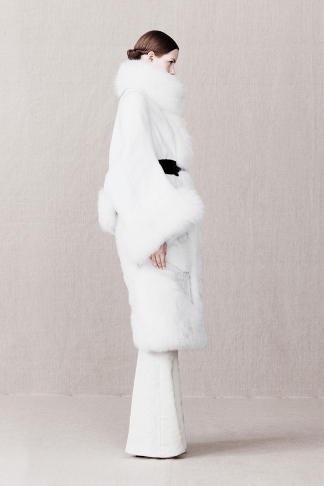 COLLECTION- Alexander McQueen Pre-Fall 2013. www.imageamplified.com, Image Amplified (12)