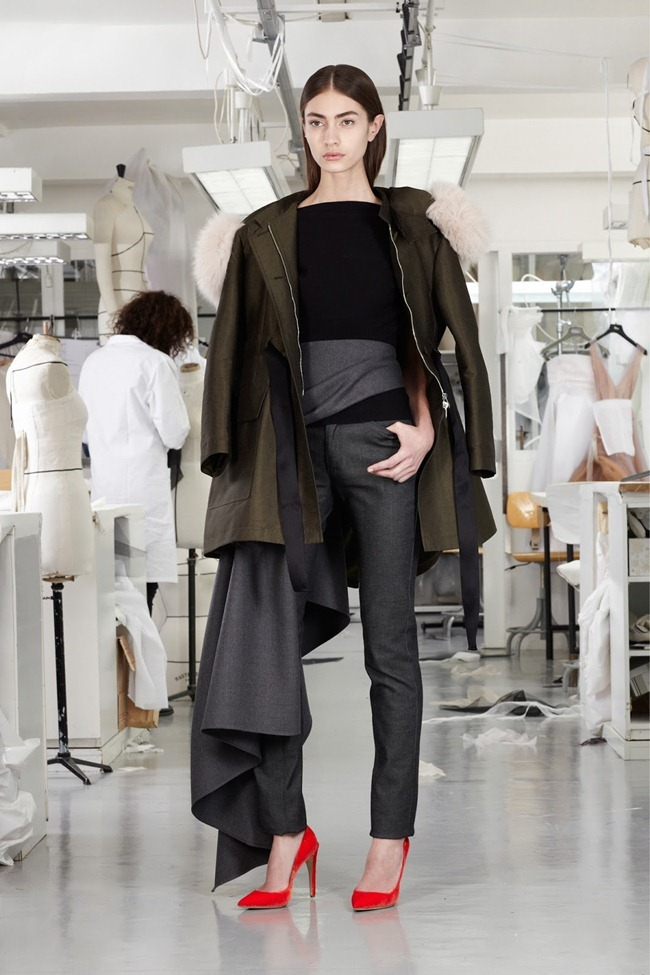 COLLECTION- Christian Dior Pre-Fall 2013. www.imageamplified.com, Image Amplified (4)