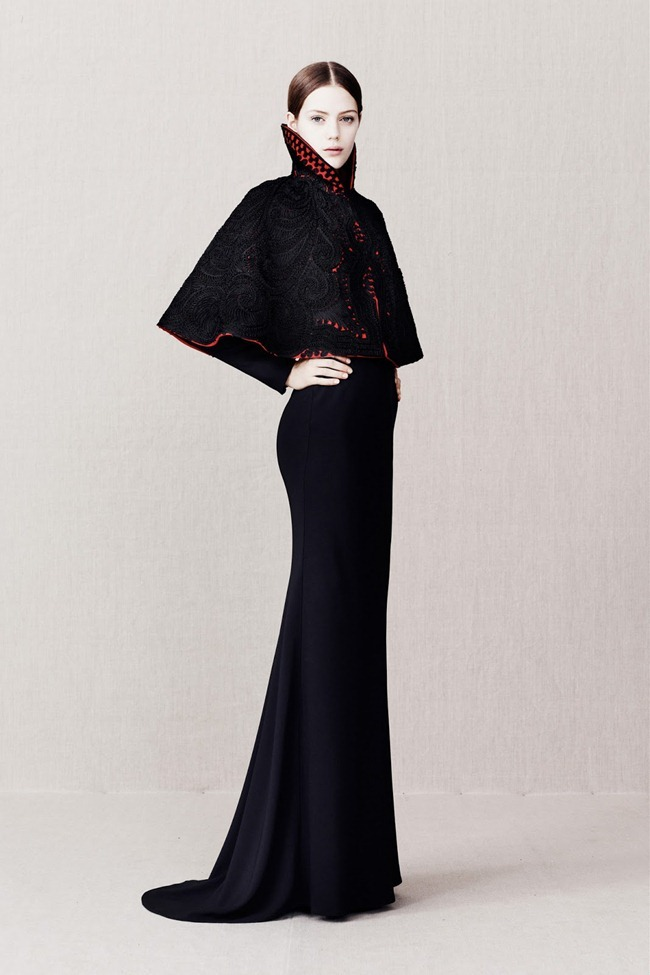 COLLECTION- Alexander McQueen Pre-Fall 2013. www.imageamplified.com, Image Amplified (22)