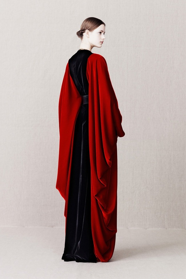 COLLECTION- Alexander McQueen Pre-Fall 2013. www.imageamplified.com, Image Amplified (26)