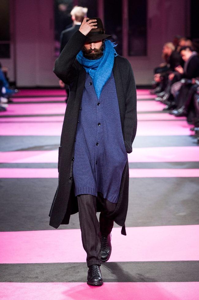 PARIS FASHION WEEK- Yohji Yamamoto Fall 2013. www.imageamplified.com, image Amplified (7)