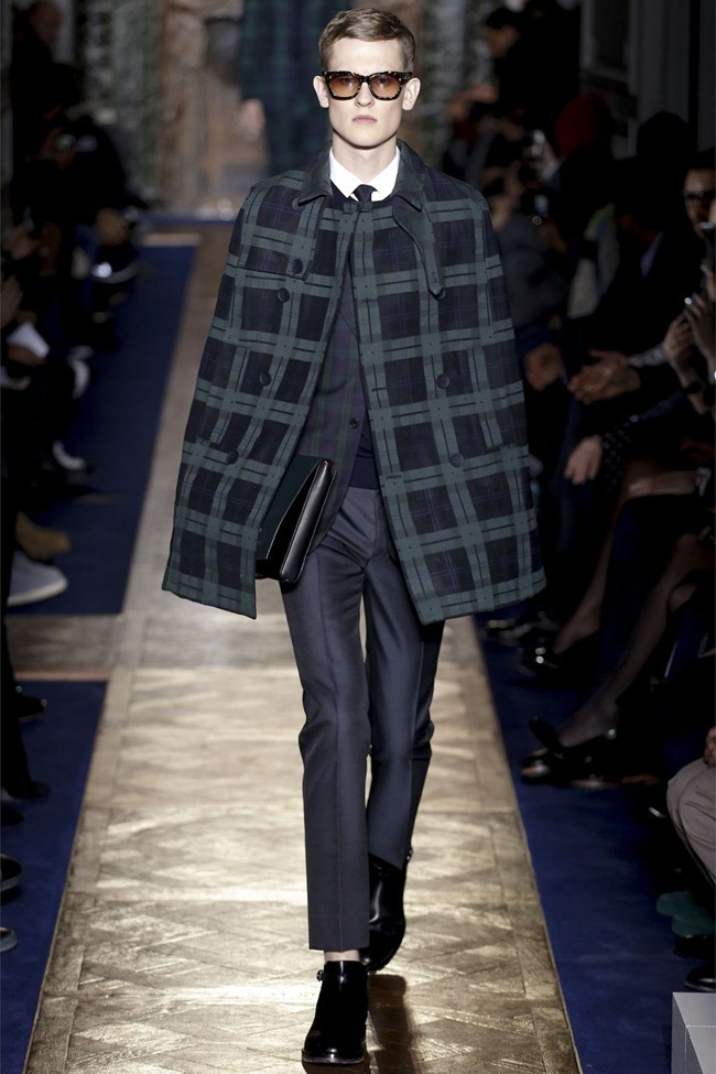 PARIS FASHION WEEK- Valentino Fall 2013. www.imageamplified.com, image Amplified (25)