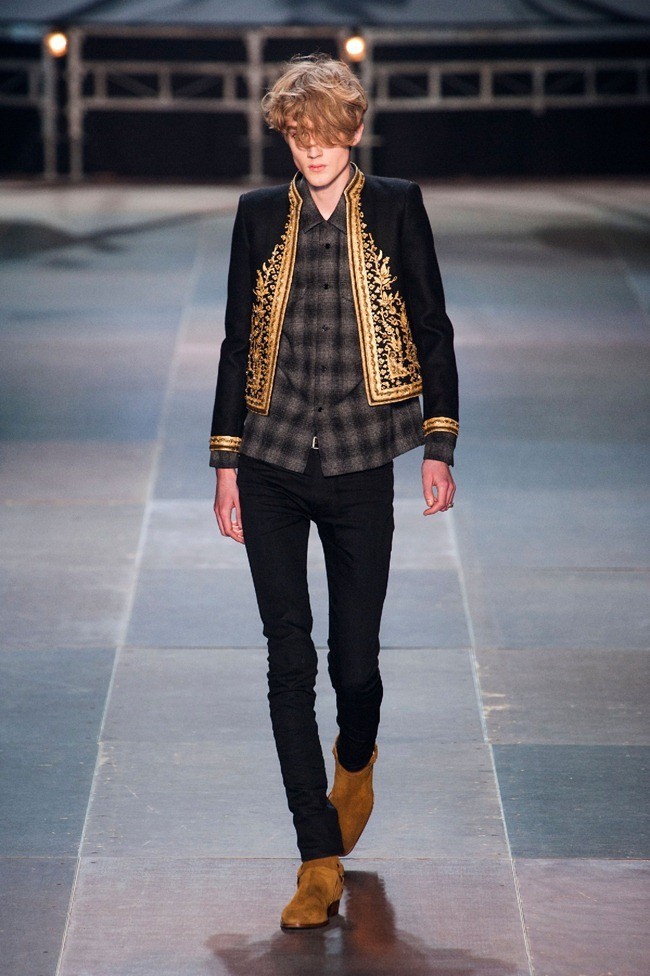 PARIS FASHION WEEK- Saint Laurent Fall 2013. www.imageamplified.com, Image Amplified (33)