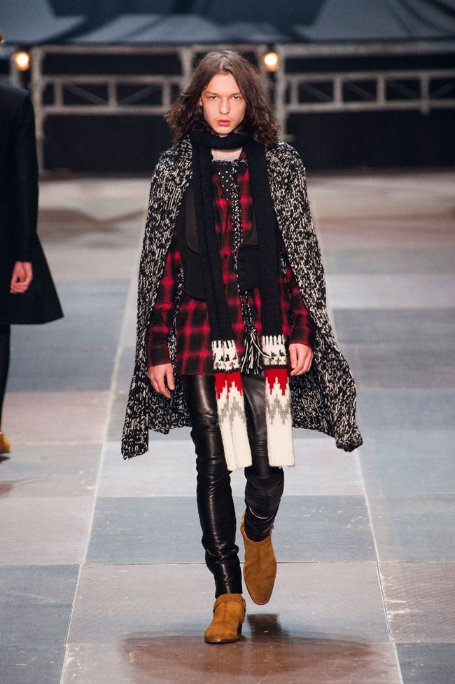 PARIS FASHION WEEK- Saint Laurent Fall 2013. www.imageamplified.com, Image Amplified (11)
