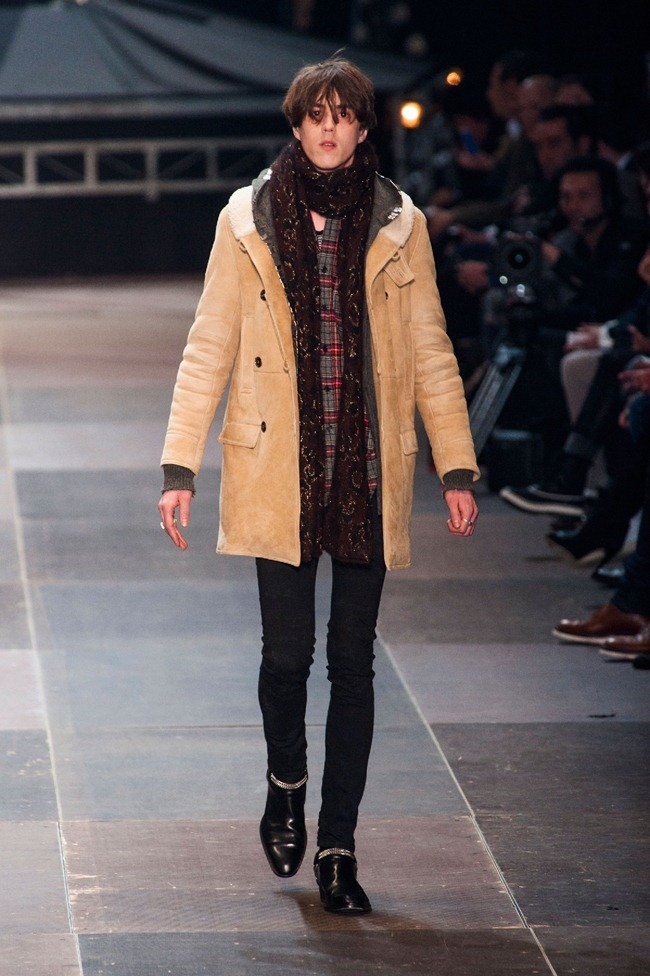 PARIS FASHION WEEK- Saint Laurent Fall 2013. www.imageamplified.com, Image Amplified (16)