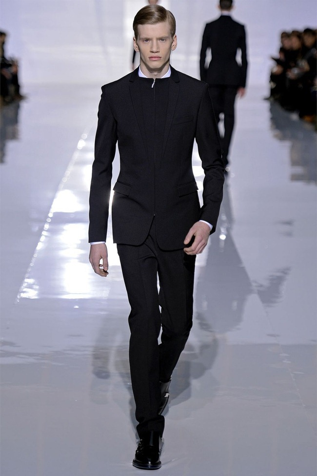 PARIS FASHION WEEK- Dior Homme Fall 2013. www.imageamplified.com, Image Amplified (5)