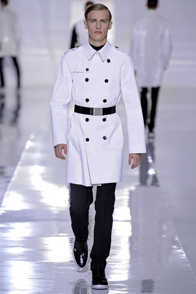PARIS FASHION WEEK- Dior Homme Fall 2013. www.imageamplified.com, Image Amplified (43)