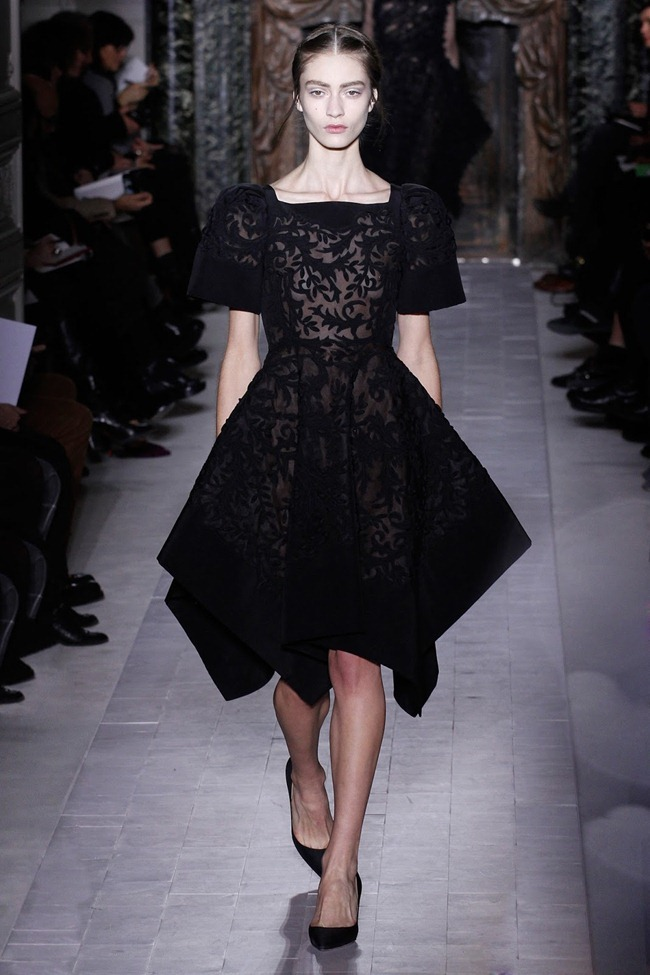 PARIS HAUTE COUTURE- Valentino Spring 2013. www.imageamplified.com, Image Amplified (31)