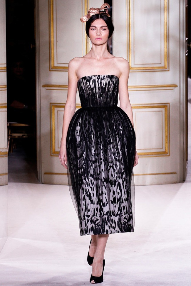 PARIS HAUTE COUTURE- Giambattista Valli Spring 2013. www.imageamplified.com, Image Amplified (6)