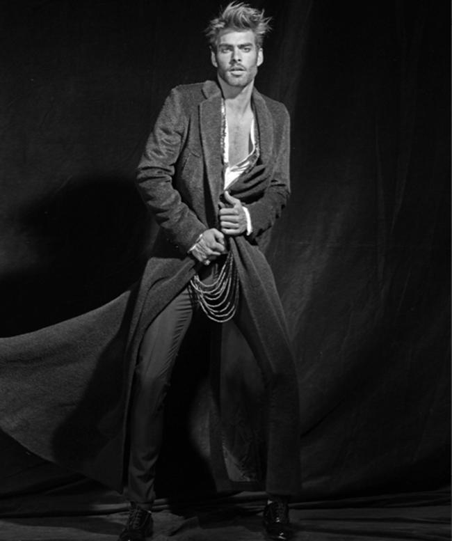 ODDA MAGAZINE- Jon Kortajarena in Indian Film by Juliano Manez. Paloma Alvarez, www.imageamplified.com, Image Amplified (5)
