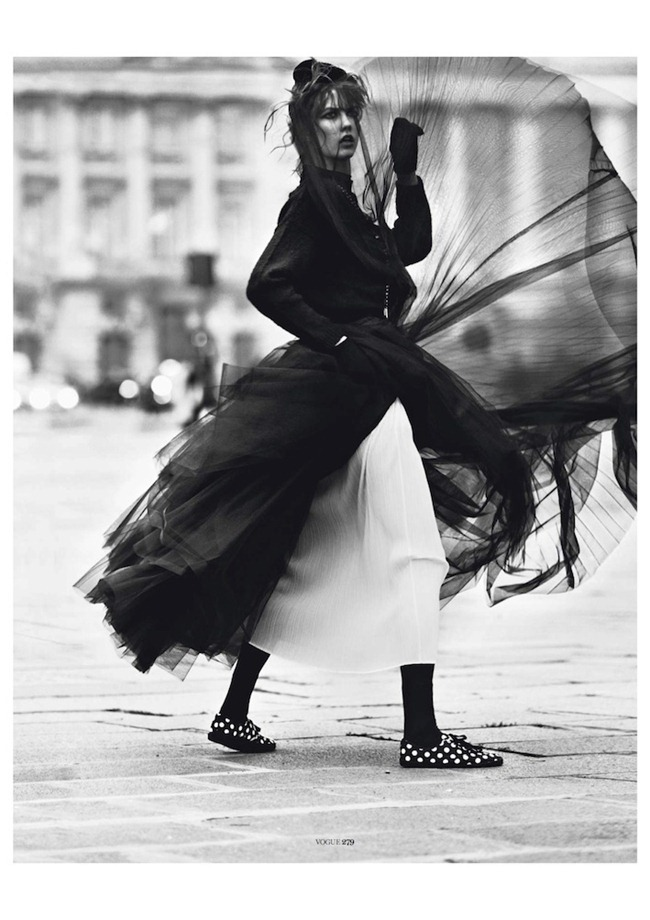 VOGUE PARIS- Karlie Klos in Street Dance by Lachlan Bailey. Geraldine Saglio, March 2013, www.imagegeamplified.com, Image Amplified (9)