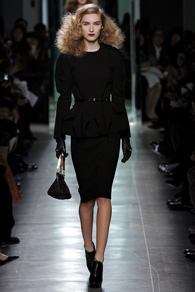 MILAN FASHION WEEK- Bottega Veneta Fall 2013. www.imageamplified.com, Image Amplified (1)