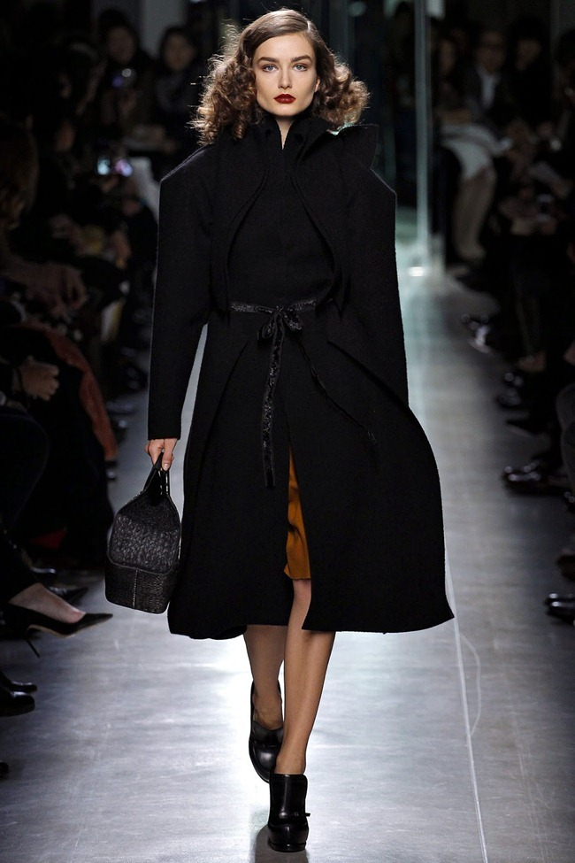 MILAN FASHION WEEK- Bottega Veneta Fall 2013. www.imageamplified.com, Image Amplified (14)