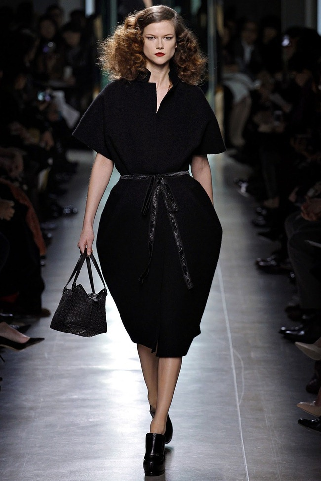 MILAN FASHION WEEK- Bottega Veneta Fall 2013. www.imageamplified.com, Image Amplified (15)