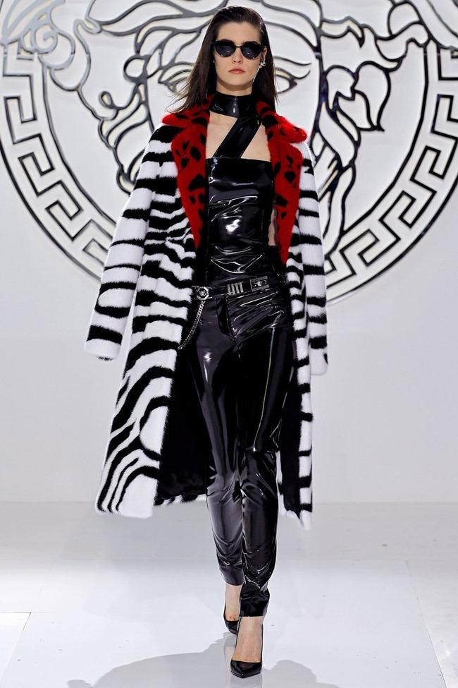 MILAN FASHION WEEK- Versace Fall 2013. www.imageamplified.com, Image Amplified (32)