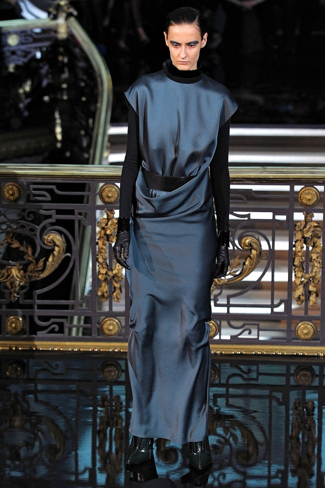 PARIS FASHION WEEK- John Galliano Fall 2013. www.imageamplified.com, Image Amplified (37)