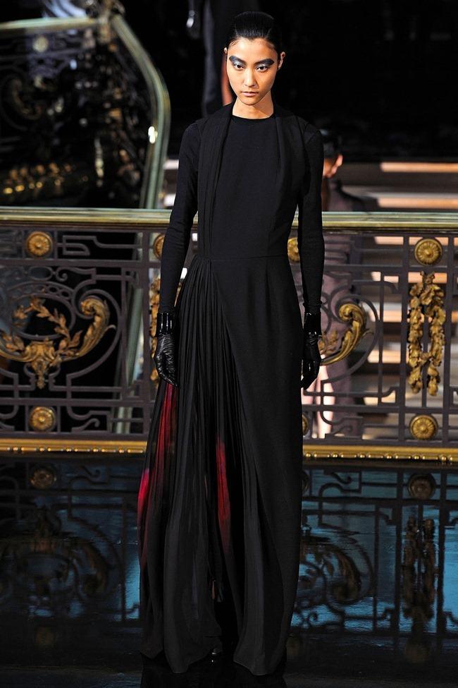 PARIS FASHION WEEK- John Galliano Fall 2013. www.imageamplified.com, Image Amplified (40)