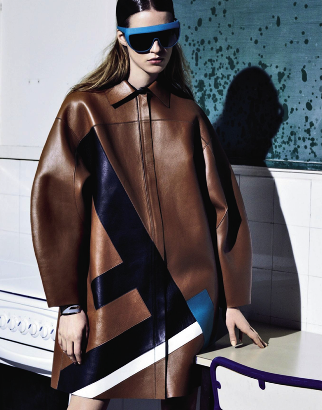 GRAZIA FRANCE- Julia Frauche in Cuir Particular by David Roemer. Teddy Czopp, March 2013, www.imageamplified.com, Image Amplified (9)