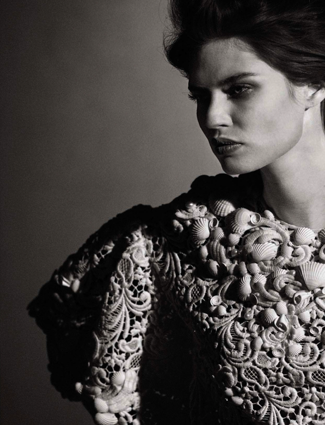 VOGUE ITALIA- Bianca Balti in Simply Classy by Peter Lindbergh. Sara Maino, March 2013, www.imageamplified.com, Image Amplified (9)