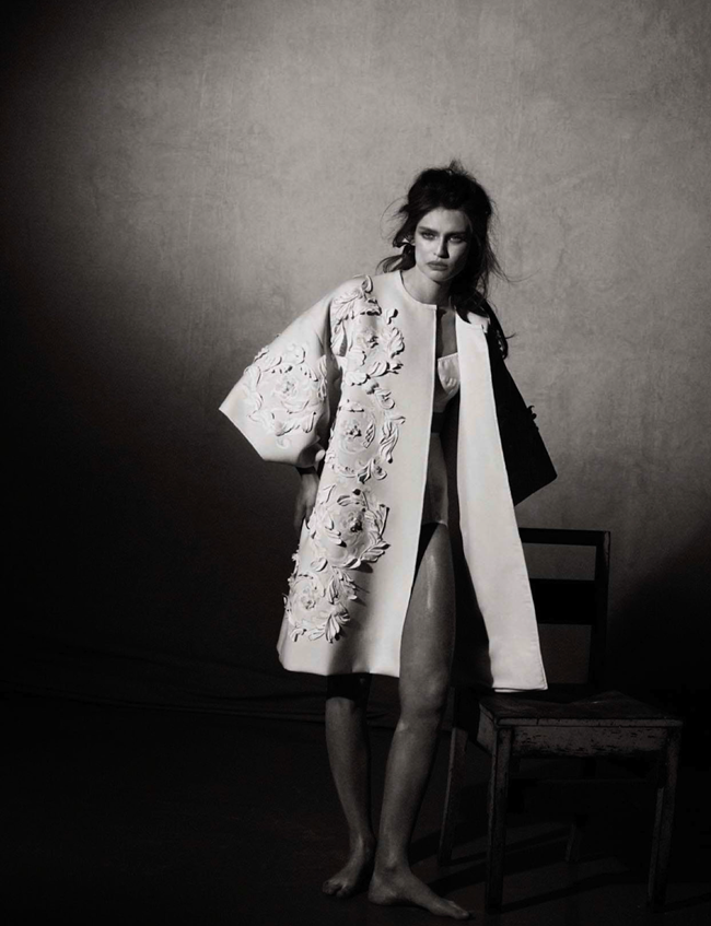 VOGUE ITALIA- Bianca Balti in Simply Classy by Peter Lindbergh. Sara Maino, March 2013, www.imageamplified.com, Image Amplified (1)