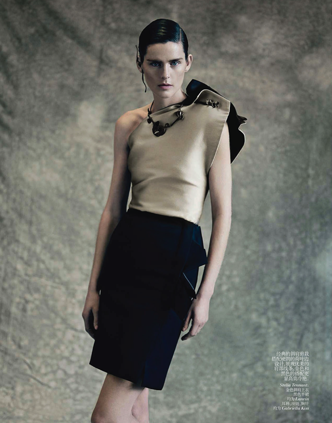 VOGUE CHINA- Saskia de Brauw, Stella Tennant, Kati Nescher & Yumi Lambert in The Charm of Diversity by Paolo Roversi. Nicoletta Santoro, April 2013, www.imageamplified.com, Image Amplified (6)