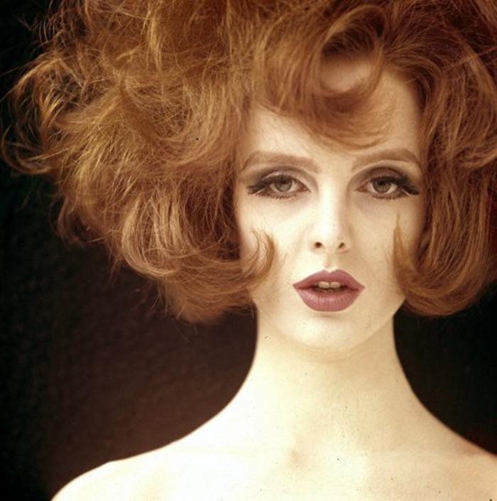 WE ♥ GRACE CODDINGTON- Grace Coddington for Vogue UK, September 1962. www.imageampilfied.com, Image Amplified (2)