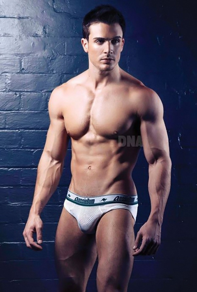 DNA MAGAZINE- Philip Fusco by Simon Le. www.imageamplified.com, Image Amplified (1)