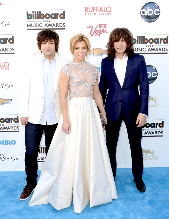 RED CARPET COVERAGE- Billboard Music Awards 2013. www.imageamplified.com, Image Amplifie (4)