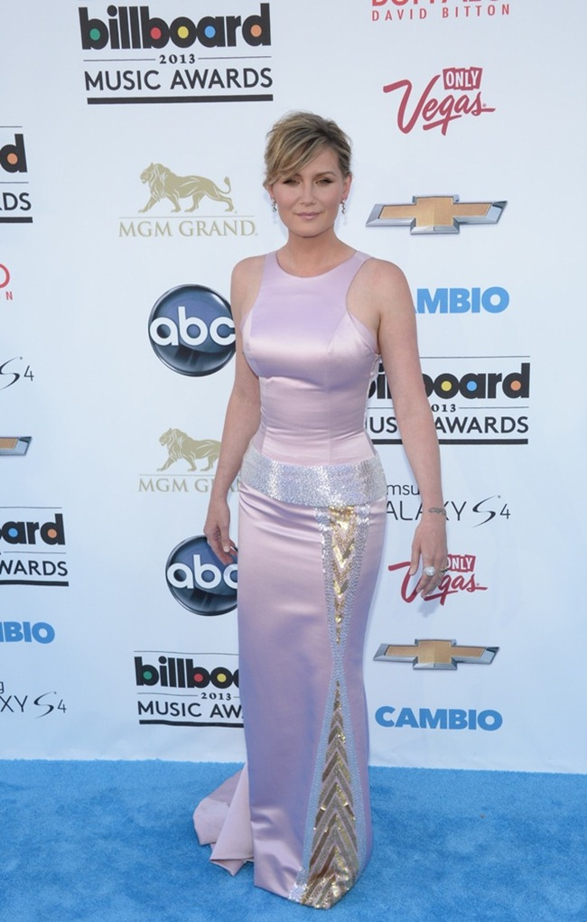 RED CARPET COVERAGE- Billboard Music Awards 2013. www.imageamplified.com, Image Amplifie (11)