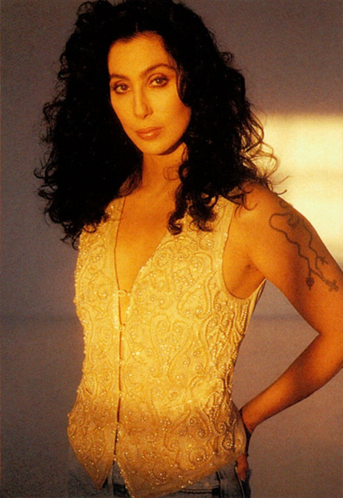 WE ♥ CHER- Cher in 1990 by Herb Ritts. www.imageampilfied.com, Image Amplified (10)