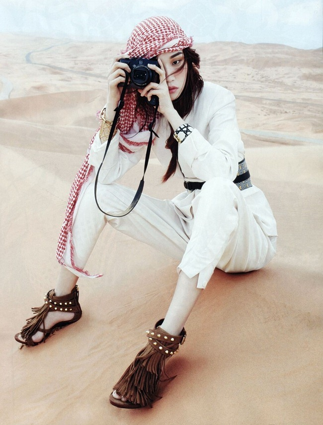Vogue Korea Won Kyung Lee In The Middle East Story By Gun Ho Lee Eun Y...