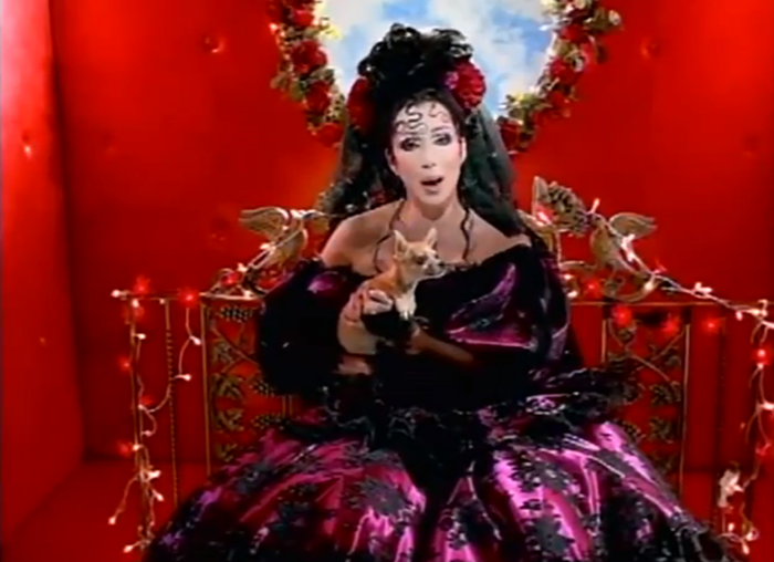 WE ♥ CHER- Cher in Dove'e L'Amore Music Video, 1999. www.imageampilfied.com, Image Amplified (1)
