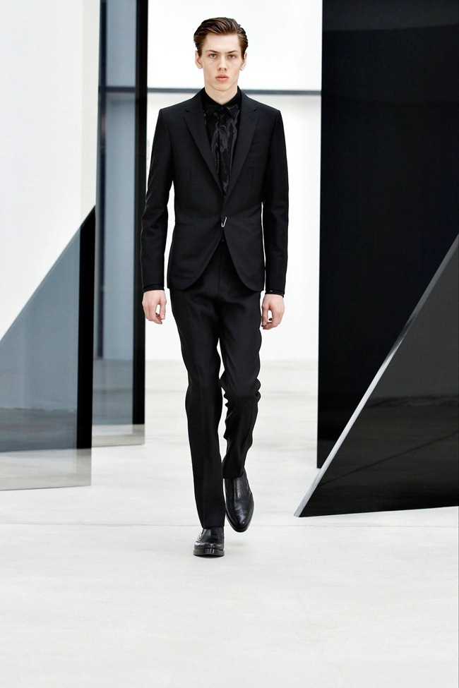 PARIS FASHION WEEK Balenciaga Men's RTW Spring 2014. www.imageamplified.com, Image Amplified (6)