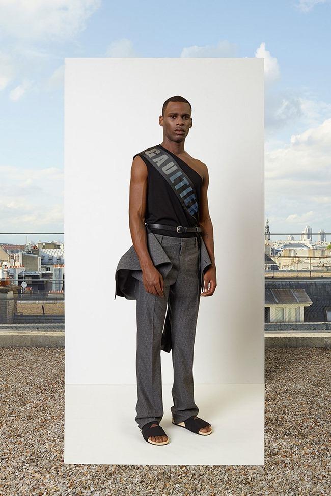 PARIS FASHION WEEK Jean Paul Gaultier Men's RTW Spring 2014. www.imageamplified.com, Image Amplified (30)