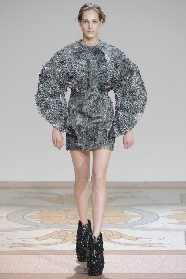PARIS HAUTE COUTURE- Iris van Herpen Fall 2013. www.imageamplified.com, Image Amplified (3)